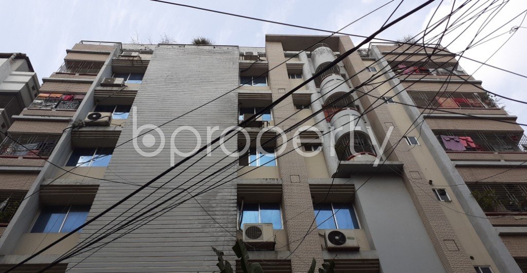 Outside view - 3 Bed Apartment to Rent in Lalmatia, Dhaka - 1952476