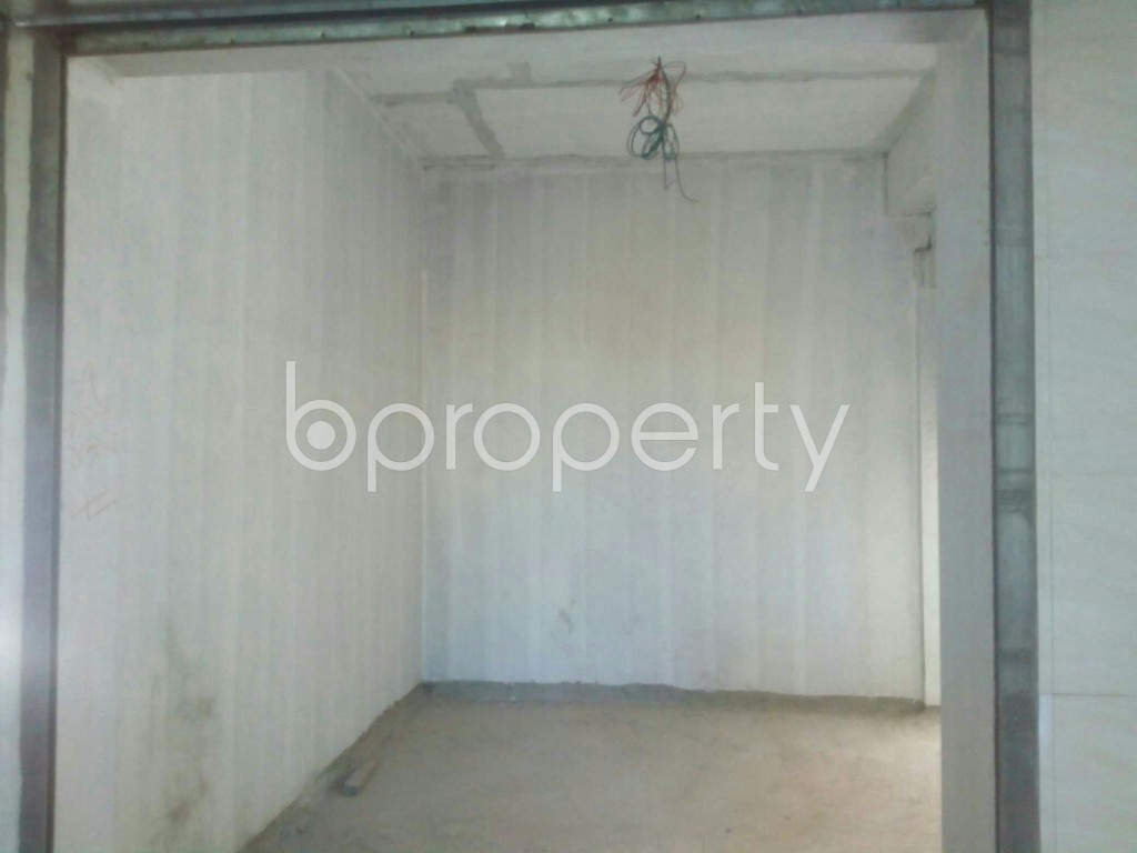 Commercial inside - Shop for Sale in 4 No Chandgaon Ward, Chattogram - 1952722