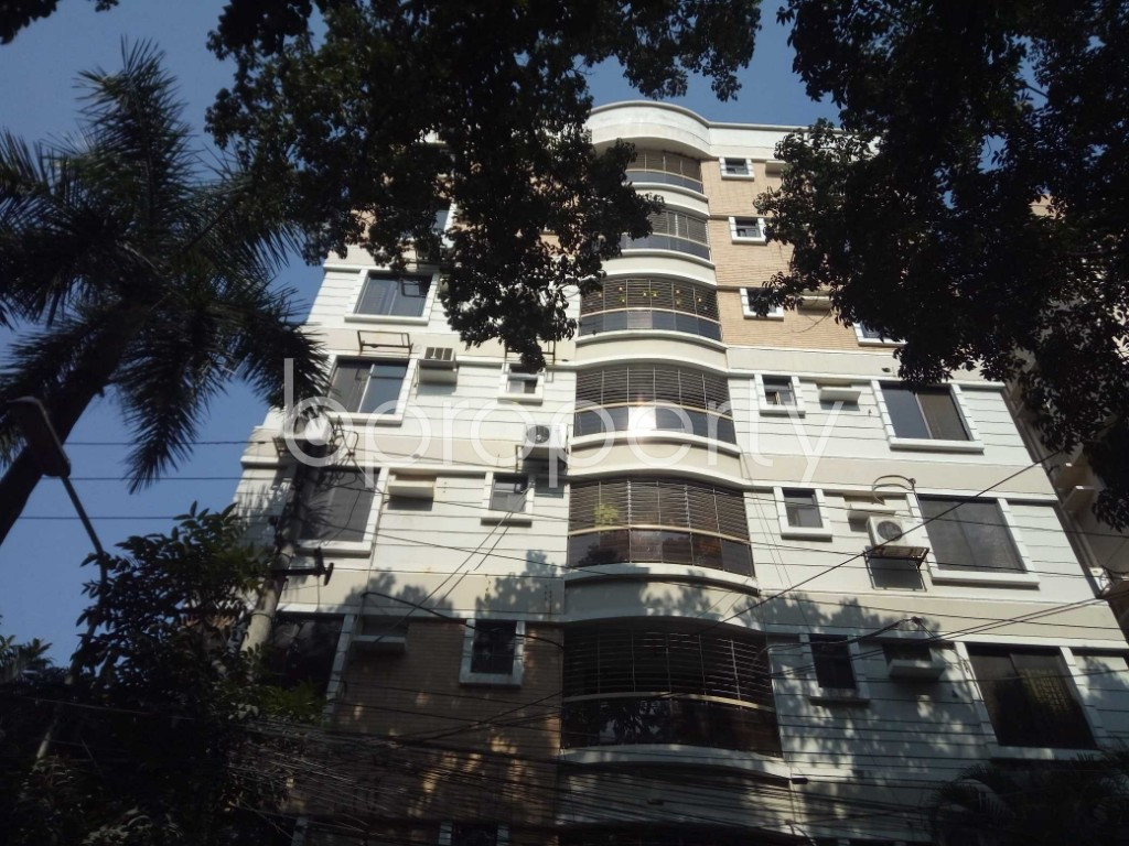 Outside view - 3 Bed Apartment to Rent in Banani, Dhaka - 1952727