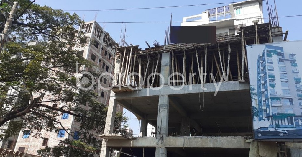 Front view - 4 Bed Apartment for Sale in Bashundhara R-A, Dhaka - 1953095