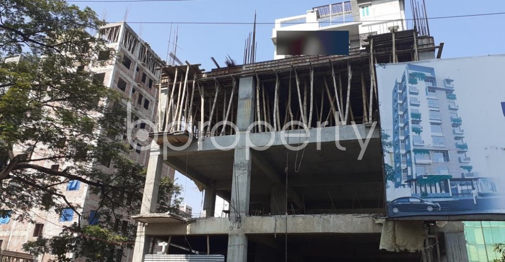 Front view - 4 Bed Apartment for Sale in Bashundhara R-A, Dhaka - 1953096