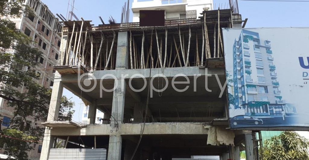 Front view - 4 Bed Apartment for Sale in Bashundhara R-A, Dhaka - 1953099