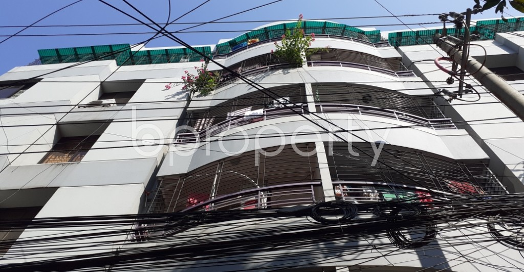 Front view - 3 Bed Apartment to Rent in New Market, Dhaka - 1953693