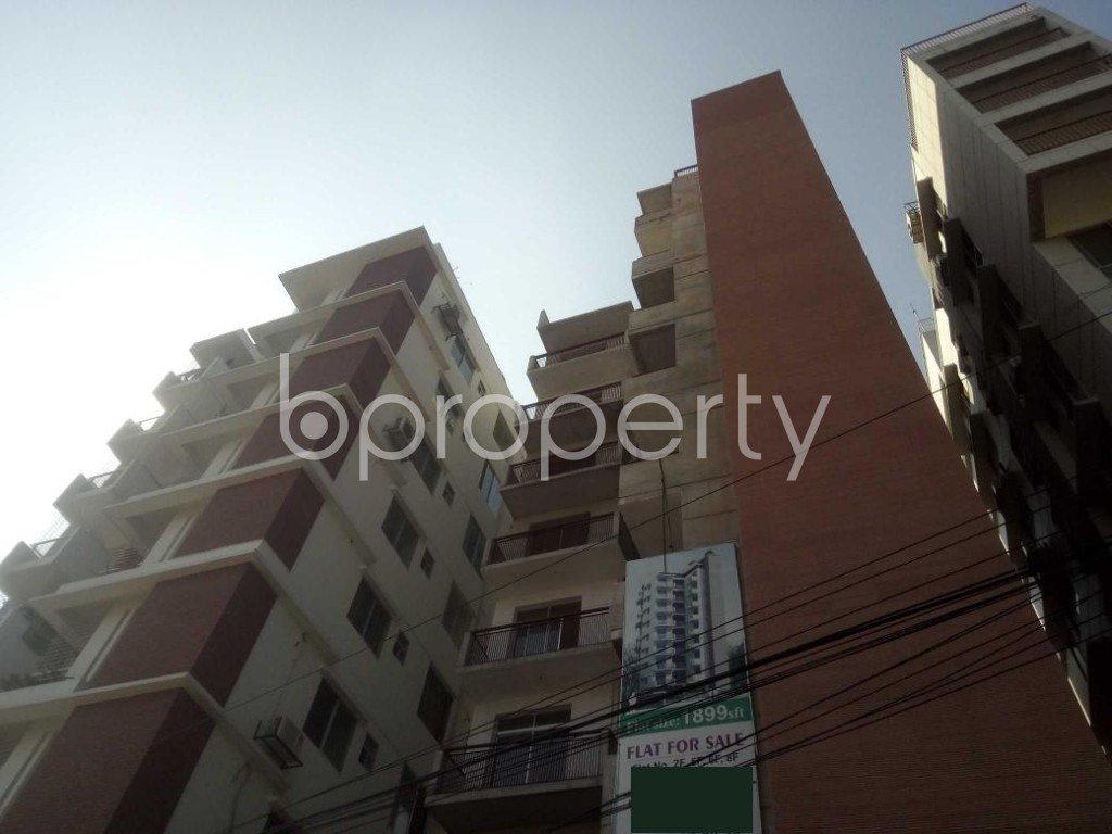 Outside view - 3 Bed Apartment to Rent in Baridhara, Dhaka - 1953735