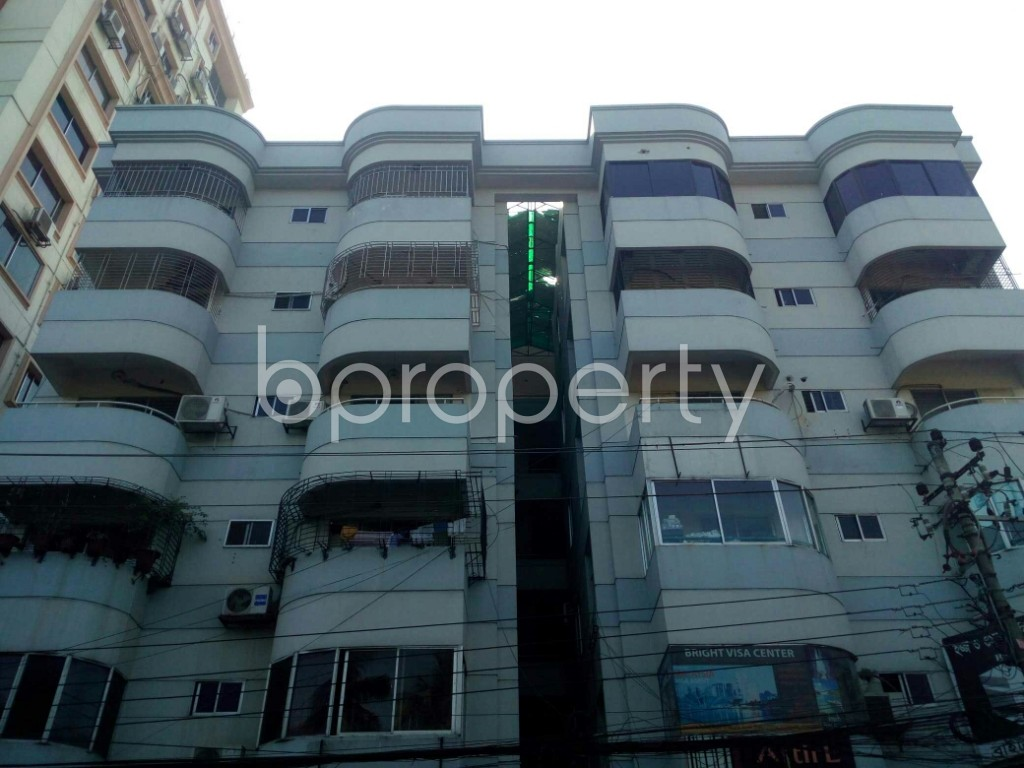 Front view - 3 Bed Apartment to Rent in Banani, Dhaka - 1953817