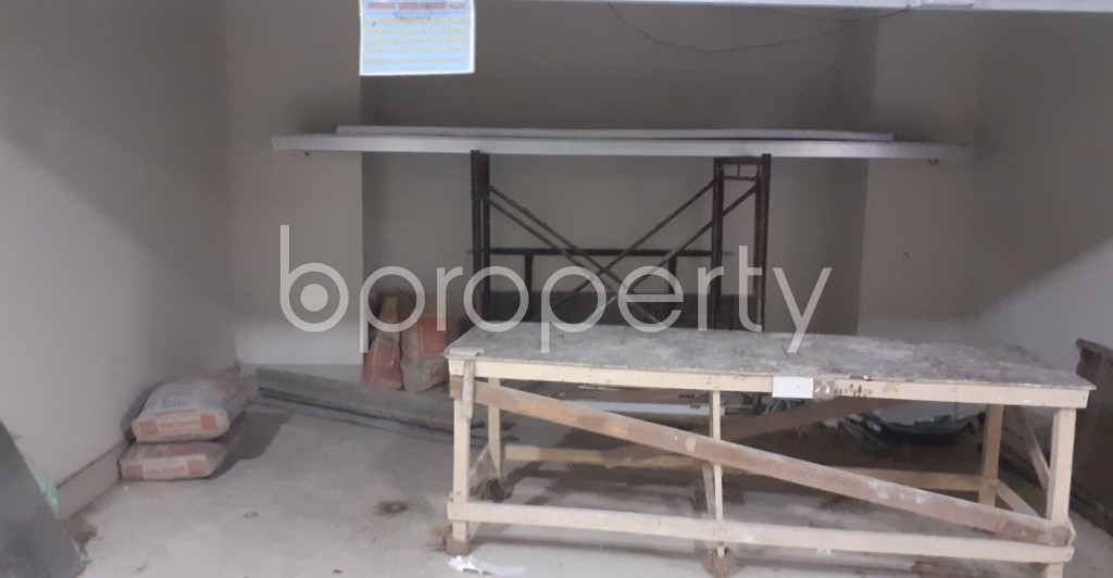 Commercial inside - Shop to Rent in Dhanmondi, Dhaka - 1954244