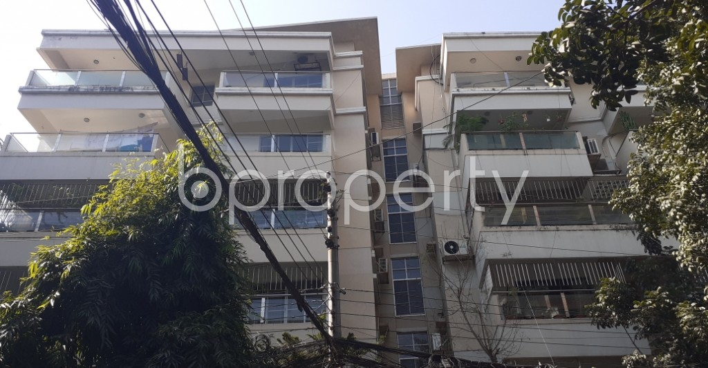 Front view - 4 Bed Apartment to Rent in Gulshan, Dhaka - 1954298