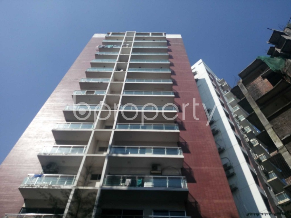 Front view - 4 Bed Apartment to Rent in Kalachandpur , Dhaka - 1954445