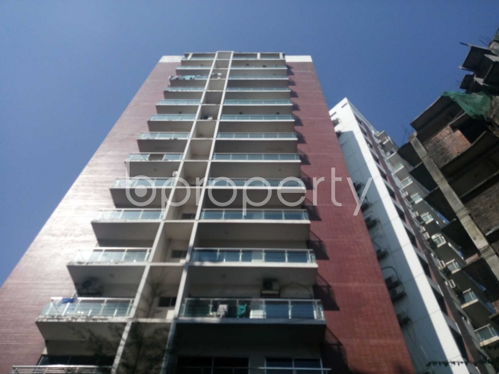 Front view - 4 Bed Apartment to Rent in Kalachandpur , Dhaka - 1954446