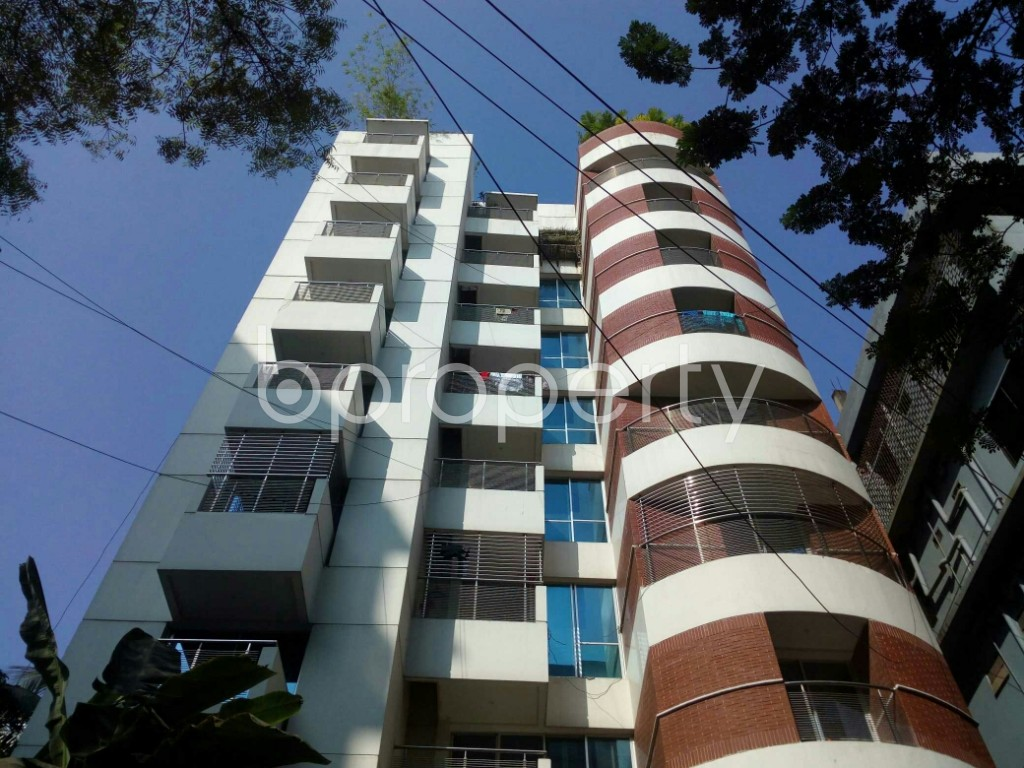 Front view - 3 Bed Apartment to Rent in Banani, Dhaka - 1954584