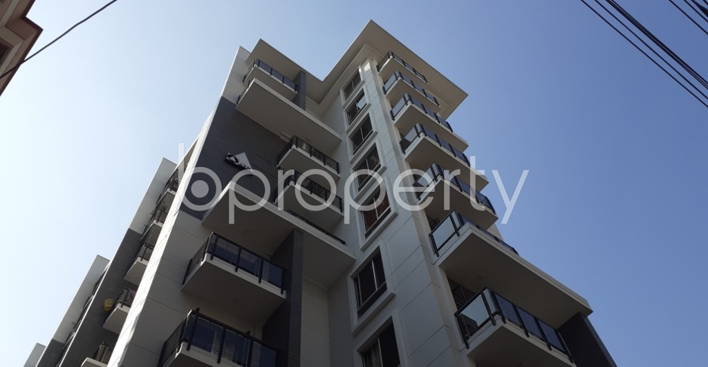 Front view - 3 Bed Apartment to Rent in New Market, Dhaka - 1954585