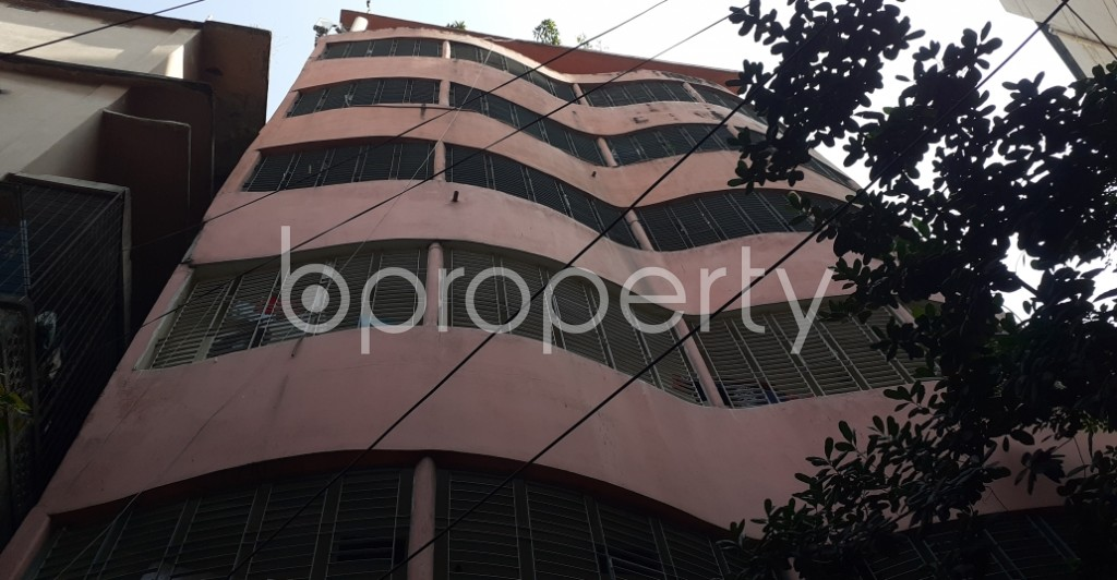 Front view - 2 Bed Apartment to Rent in New Market, Dhaka - 1954590