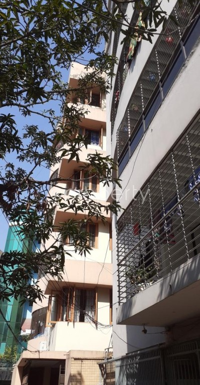 Front view - 2 Bed Apartment to Rent in New Market, Dhaka - 1954591