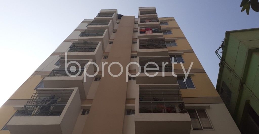 Front view - 3 Bed Apartment for Sale in Mohammadpur, Dhaka - 1954728
