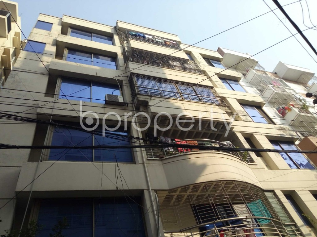 Front view - 3 Bed Apartment for Sale in Bashundhara R-A, Dhaka - 1954609