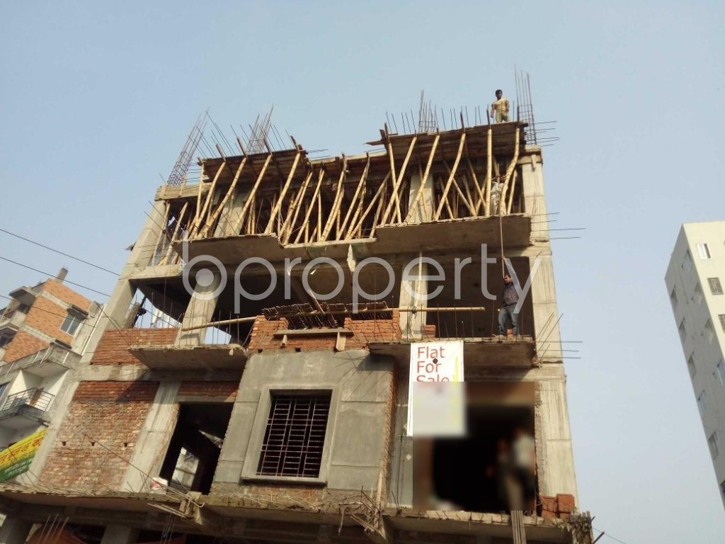 Front view - 3 Bed Apartment for Sale in Bashundhara R-A, Dhaka - 1954693