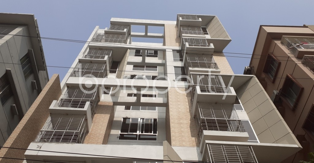 Front view - 3 Bed Apartment for Sale in Bashundhara R-A, Dhaka - 1955080