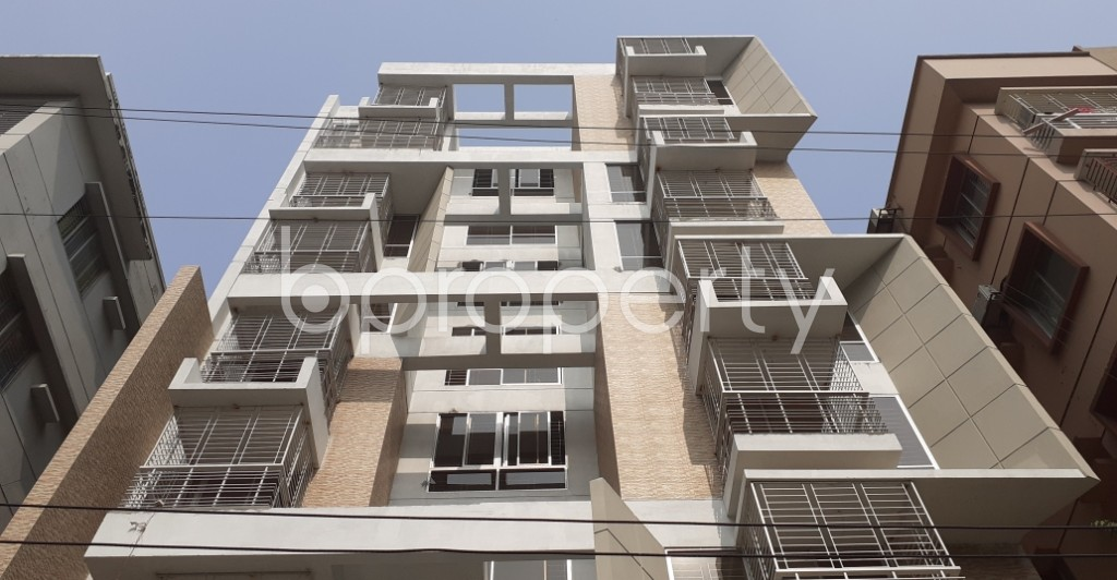 Front view - 3 Bed Apartment for Sale in Bashundhara R-A, Dhaka - 1955081