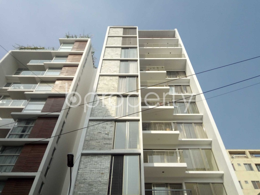 Outside view - 3 Bed Apartment to Rent in Banani, Dhaka - 1955263