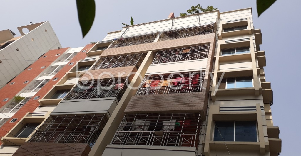 Front view - 3 Bed Apartment to Rent in Bashundhara R-A, Dhaka - 1955435