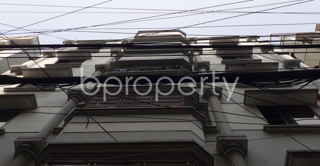 Front view - 3 Bed Apartment to Rent in Bashundhara R-A, Dhaka - 1955436