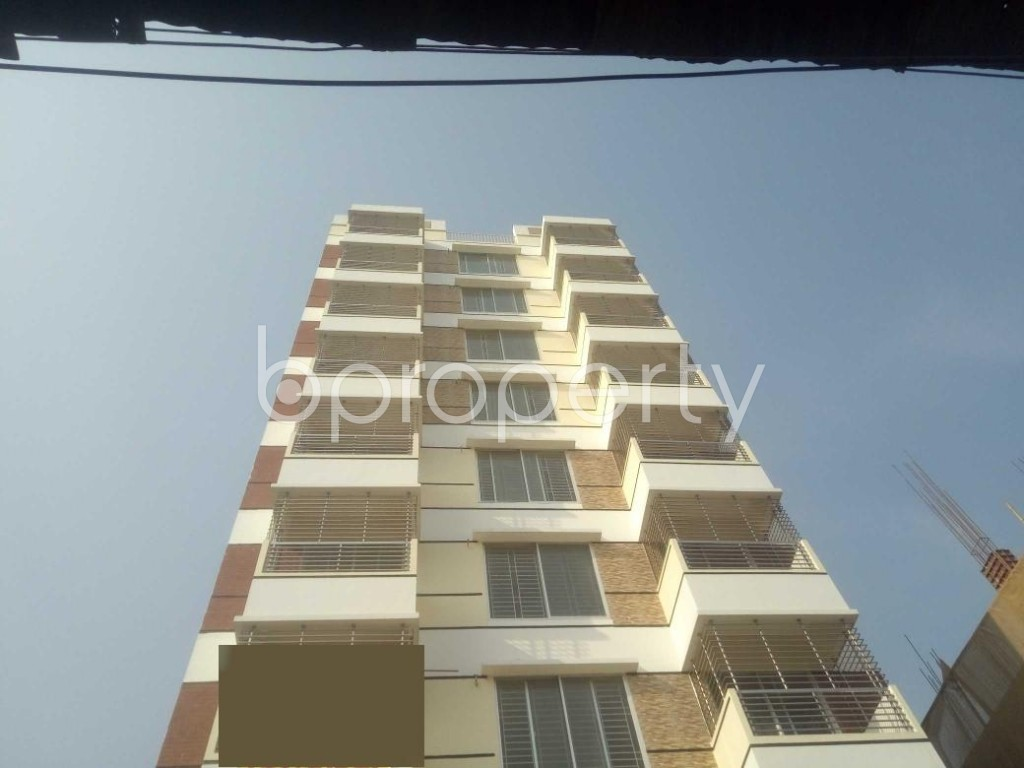 Front view - 3 Bed Apartment for Sale in Baridhara, Dhaka - 1955840