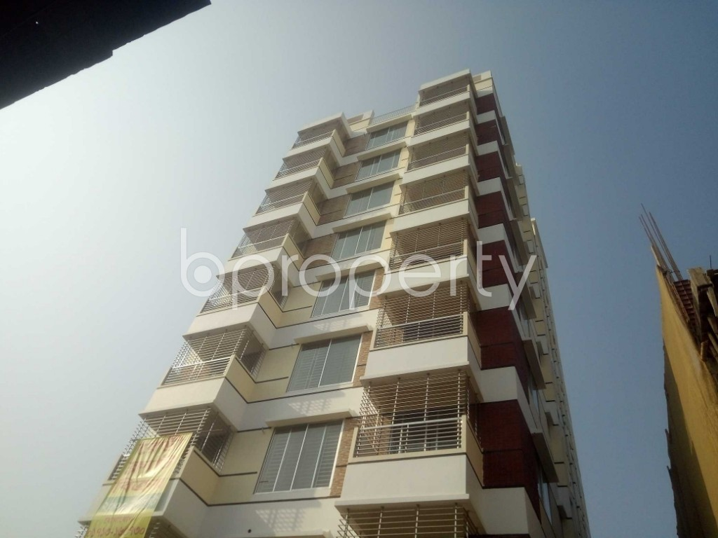 Front view - 3 Bed Apartment for Sale in Baridhara, Dhaka - 1955841
