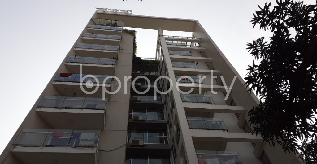 Front view - 3 Bed Apartment to Rent in Uttara, Dhaka - 1956022