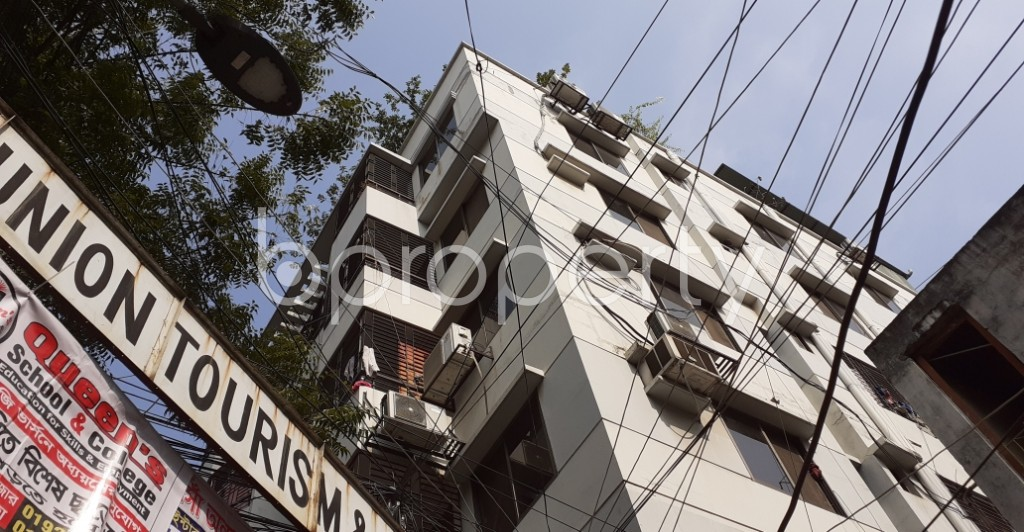 Outside view - 3 Bed Apartment to Rent in Dhanmondi, Dhaka - 1956117
