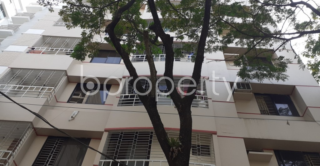 Front view - 3 Bed Apartment to Rent in Bashundhara R-A, Dhaka - 1956231