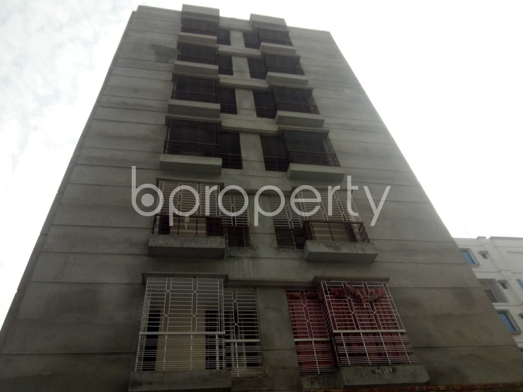 Front view - 2 Bed Apartment to Rent in Bashundhara R-A, Dhaka - 1956348