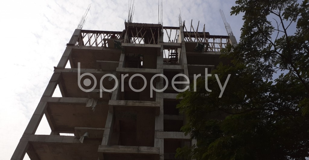 Front view - 4 Bed Apartment for Sale in Bashundhara R-A, Dhaka - 1956372