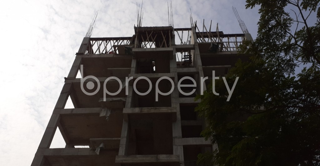 Front view - 4 Bed Apartment for Sale in Bashundhara R-A, Dhaka - 1956373