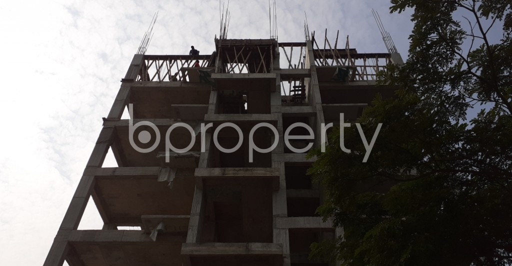 Front view - 4 Bed Apartment for Sale in Bashundhara R-A, Dhaka - 1956374