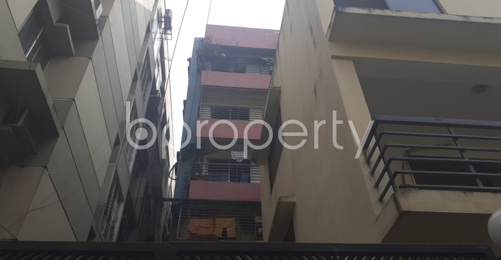 Front view - 3 Bed Apartment to Rent in Dhanmondi, Dhaka - 1956576