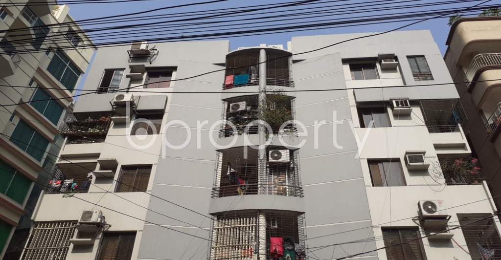 Front view - 3 Bed Apartment to Rent in Dhanmondi, Dhaka - 1956598