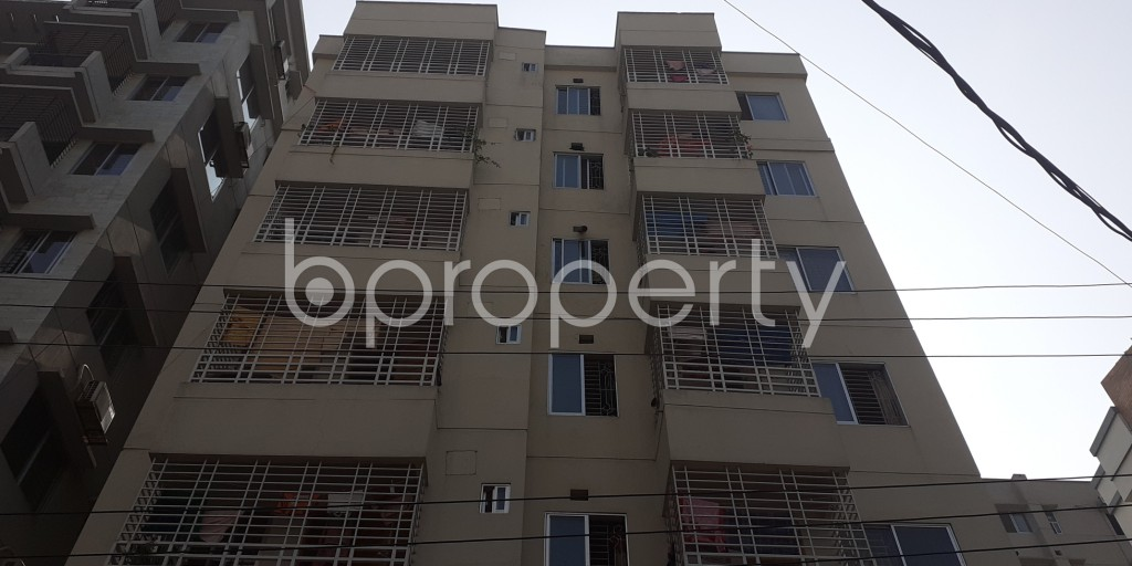 Front view - 3 Bed Apartment to Rent in Bashundhara R-A, Dhaka - 1956619