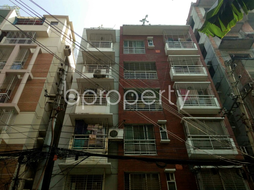 Front view - 4 Bed Apartment to Rent in Banani, Dhaka - 1957875
