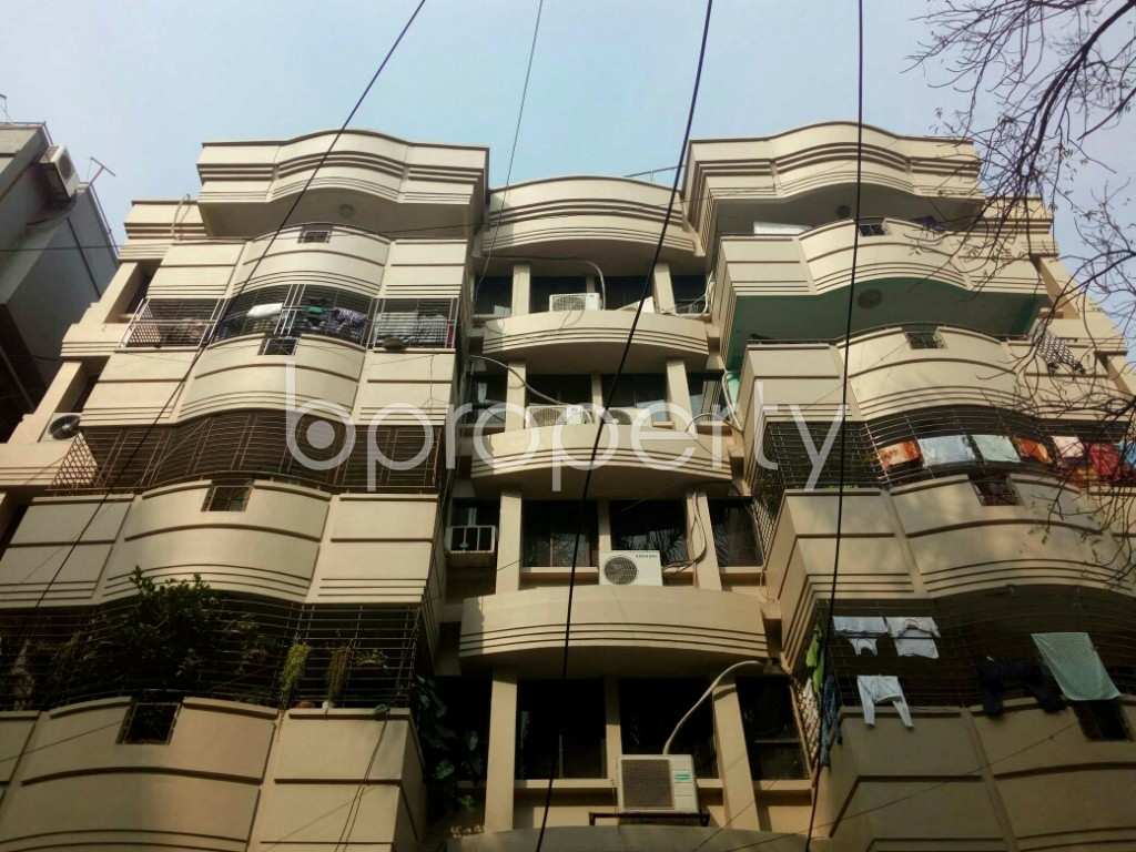 Outside view - 3 Bed Apartment to Rent in Banani, Dhaka - 1959633