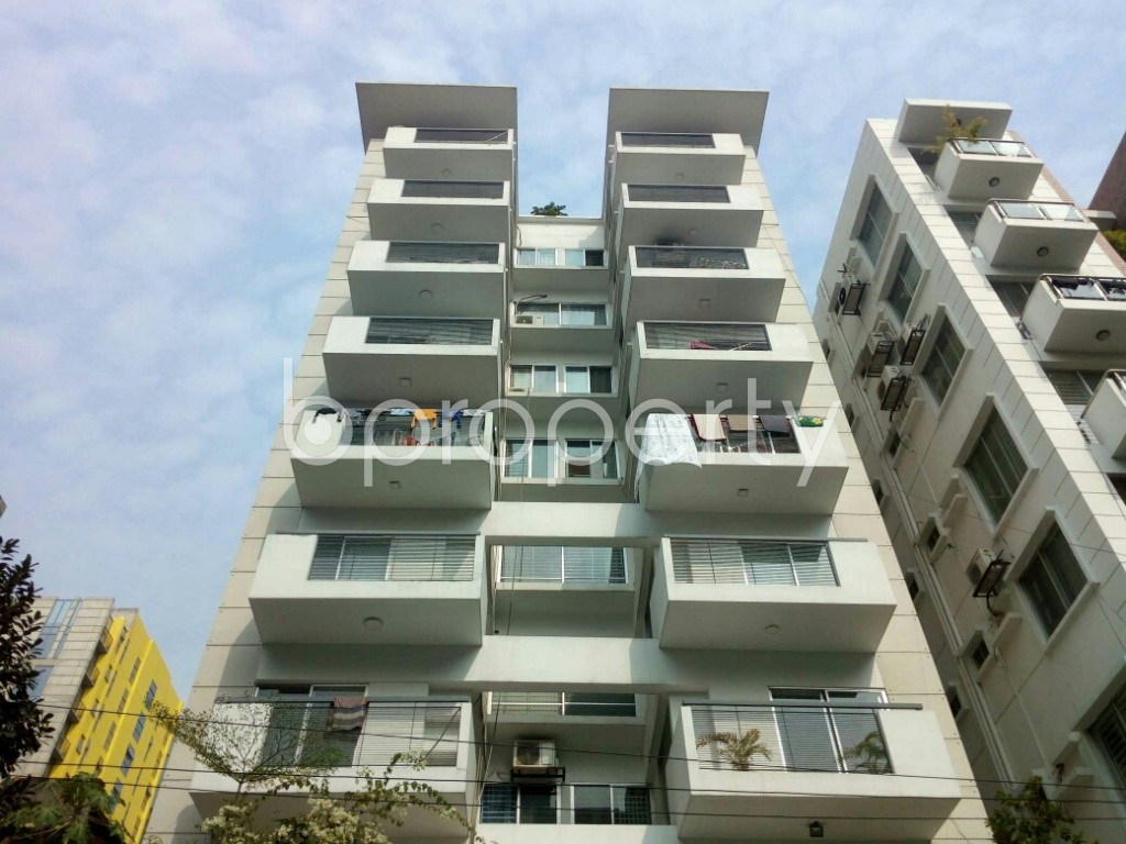 Outside view - 3 Bed Apartment to Rent in Banani, Dhaka - 1959768