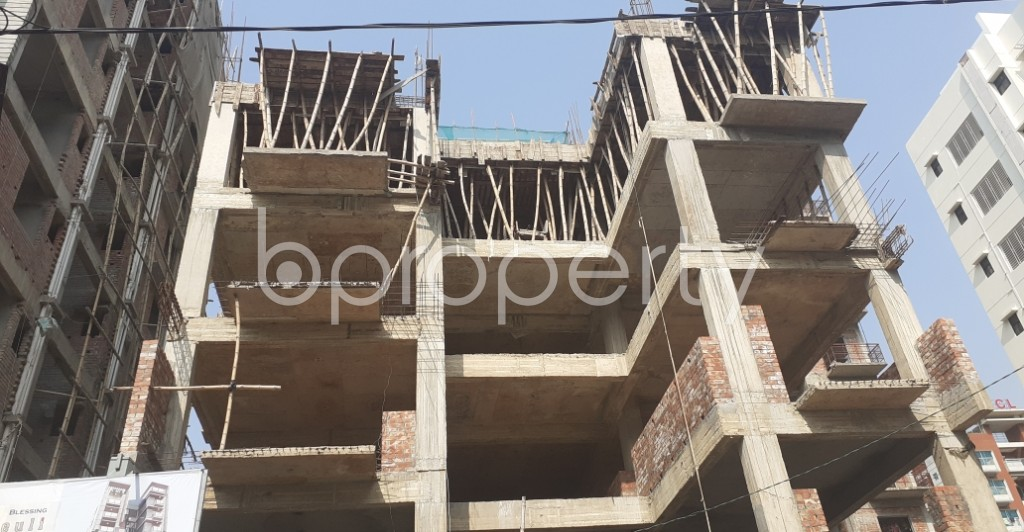Front view - 3 Bed Apartment for Sale in Bashundhara R-A, Dhaka - 1960012