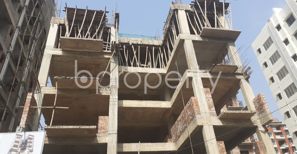 Front view - 3 Bed Apartment for Sale in Bashundhara R-A, Dhaka - 1960013