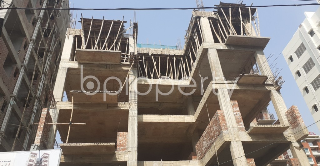Front view - 3 Bed Apartment for Sale in Bashundhara R-A, Dhaka - 1960014