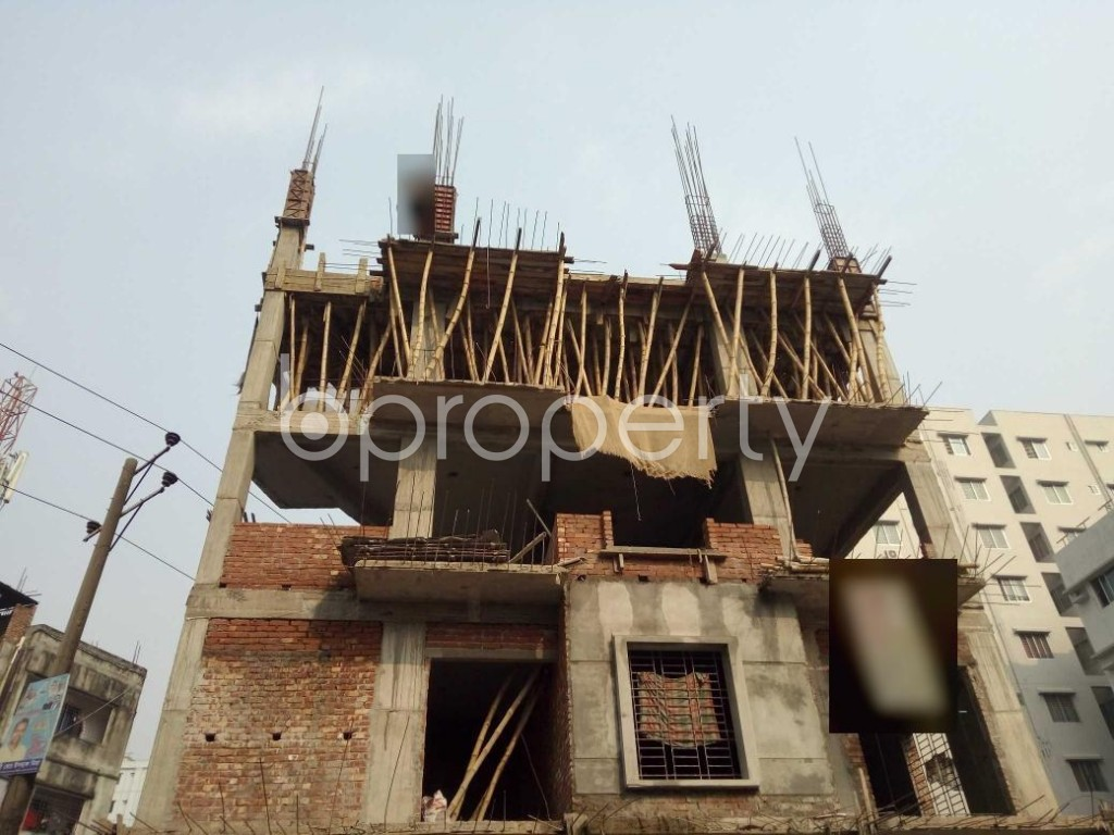 Front view - 3 Bed Apartment for Sale in Bashundhara R-A, Dhaka - 1960097
