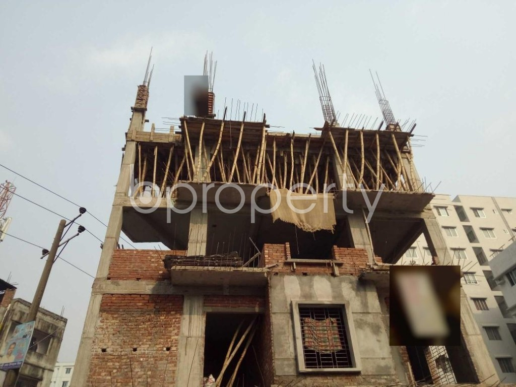 Front view - 3 Bed Apartment for Sale in Bashundhara R-A, Dhaka - 1960095