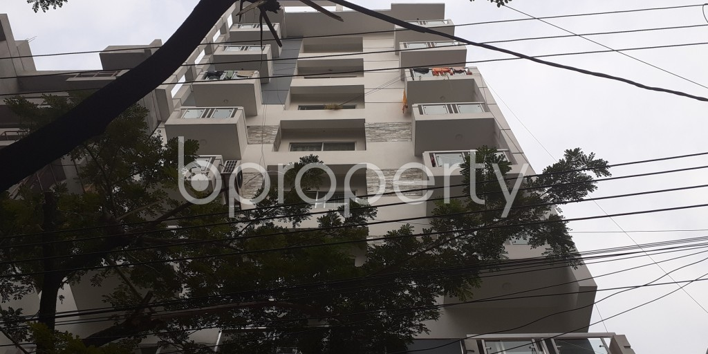 Front view - 5 Bed Duplex for Sale in Bashundhara R-A, Dhaka - 1960129