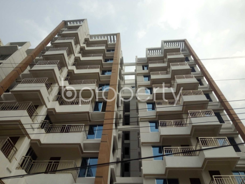 Front view - 3 Bed Apartment for Sale in Bashundhara R-A, Dhaka - 1960230