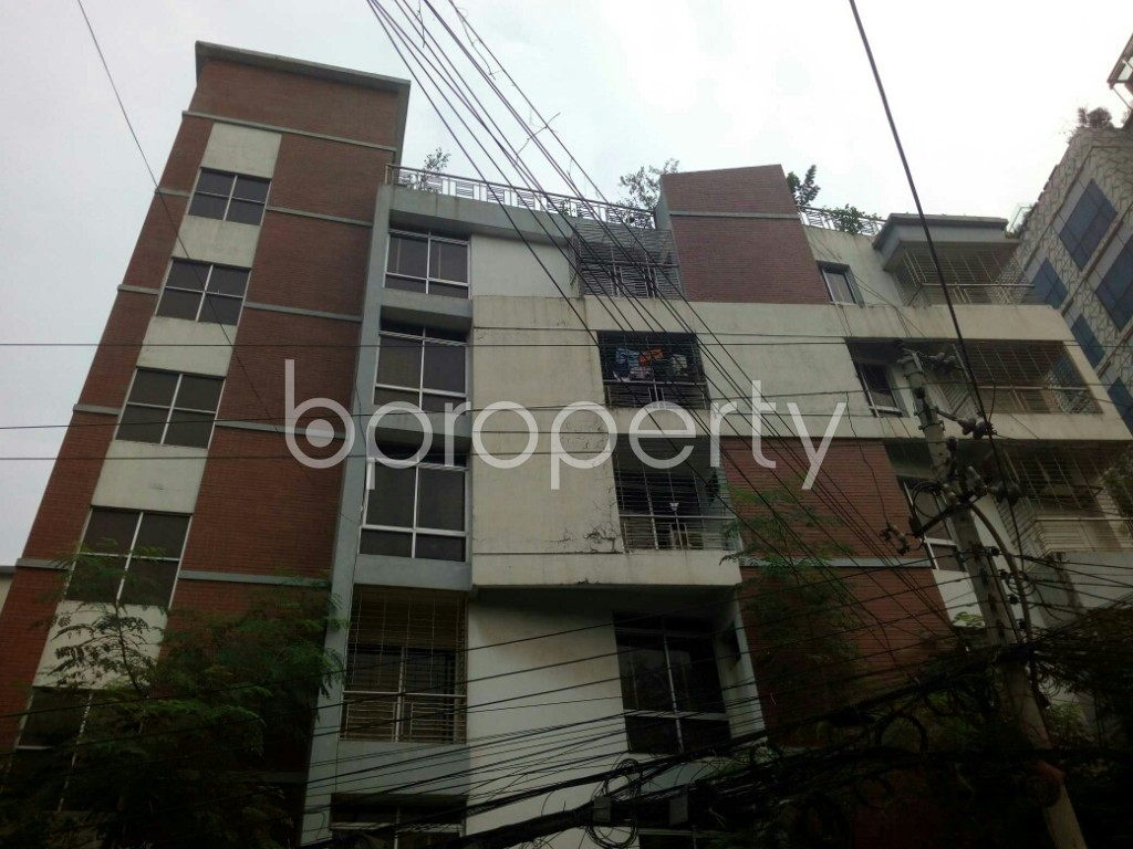 Outside view - 3 Bed Apartment to Rent in Banani, Dhaka - 1960320