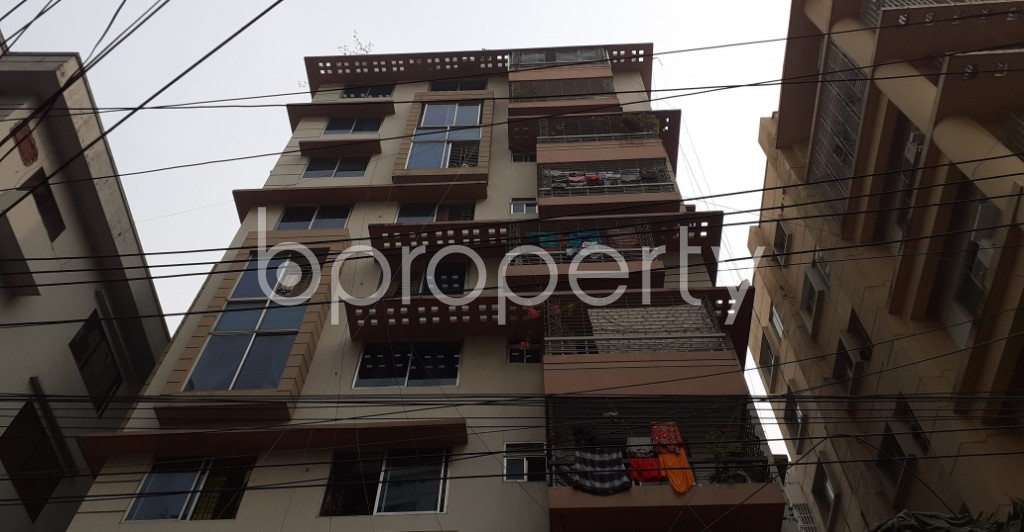 Front view - 3 Bed Apartment to Rent in New Market, Dhaka - 1960537