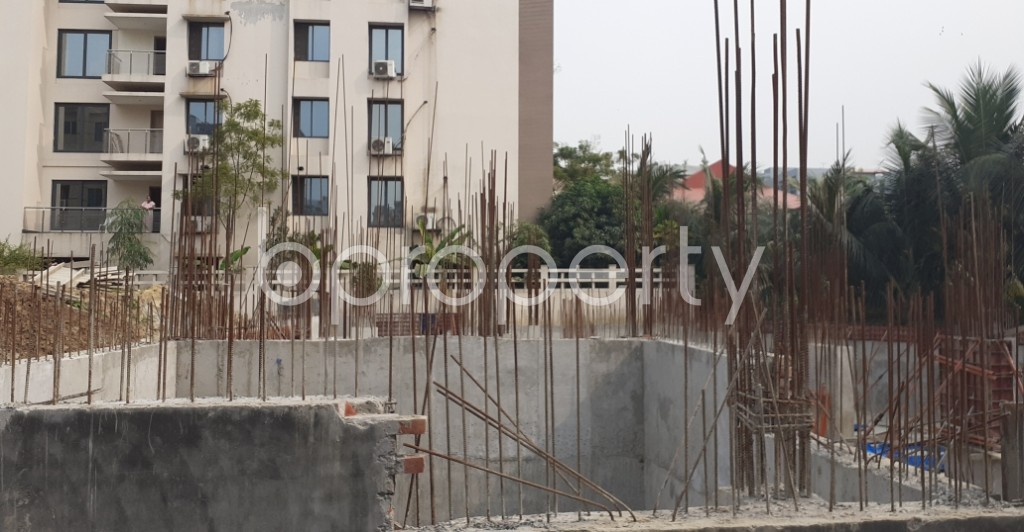 Front view - 3 Bed Apartment for Sale in Bashundhara R-A, Dhaka - 1960783
